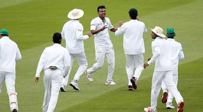 চার পেসার নিয়ে টেস্ট দল ঘোষণা: ফিরলেন মাহমুদউল্লাহ, বাদ নাসির